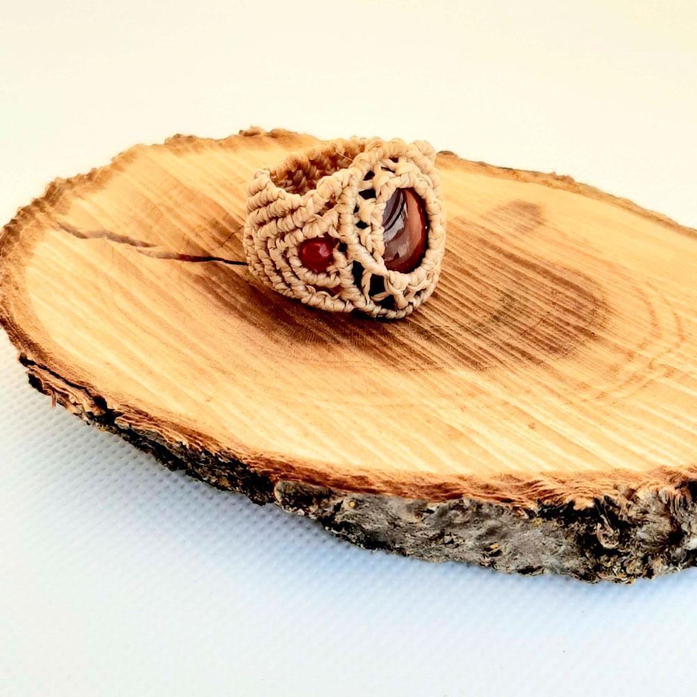 Anillo macramé jaspe mokaita crudo