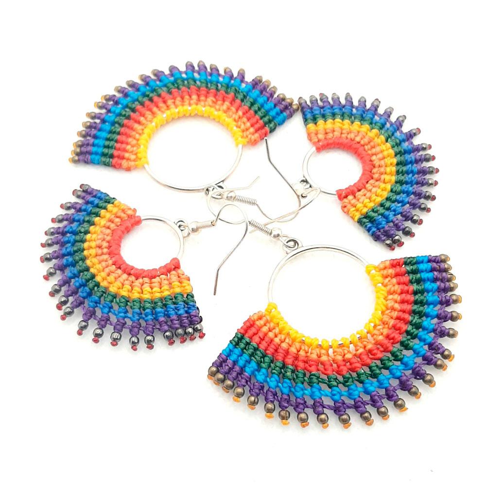 Pendientes de macramé arco iris lgtb
