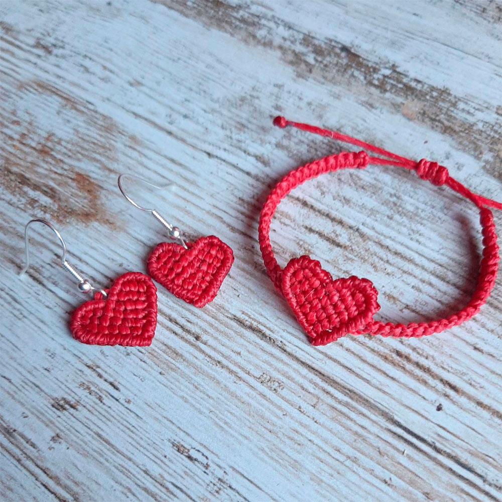 Conjunto pendientes y pulsera color rojo colección Love