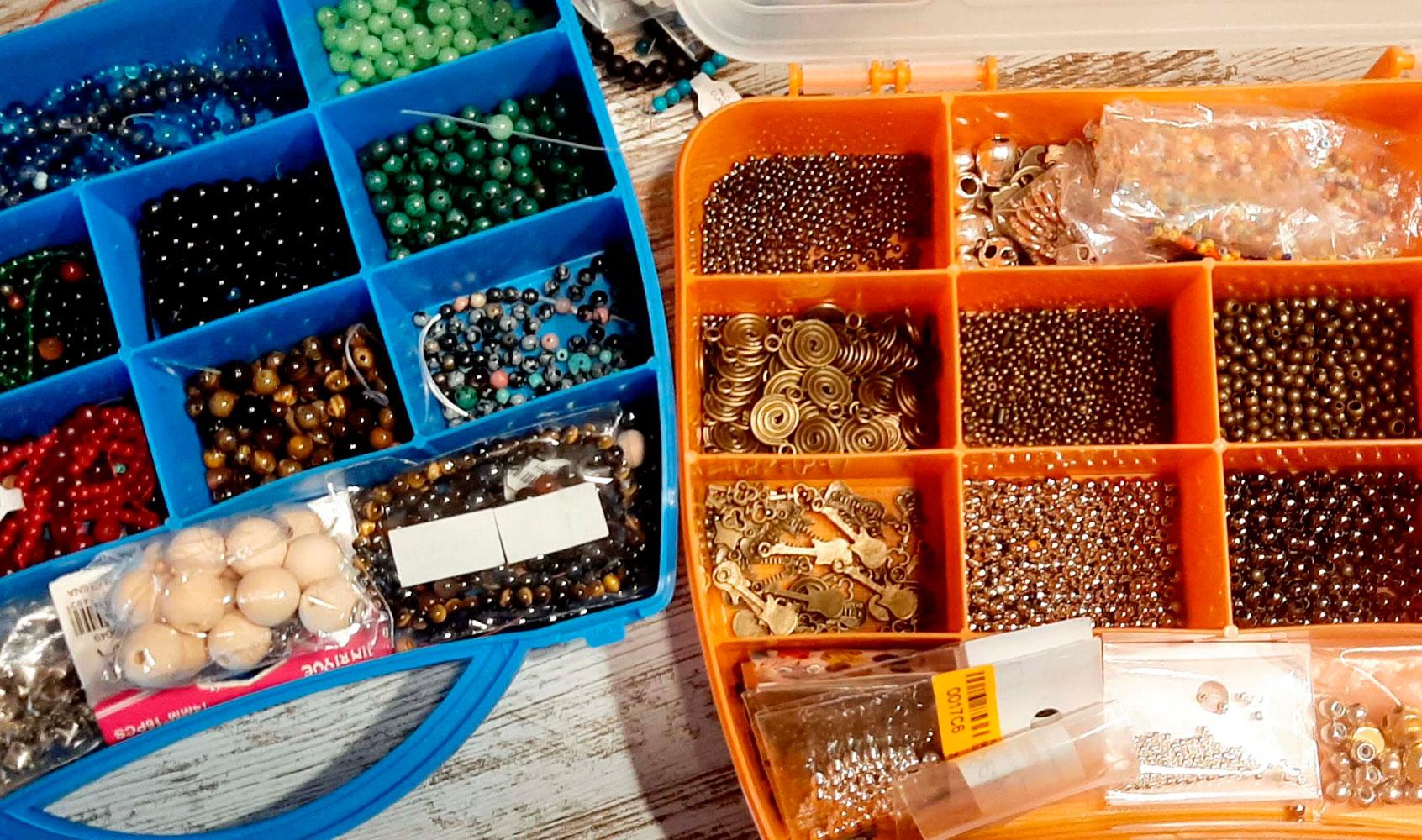 Complementos usados en el taller de QuéSinVivir